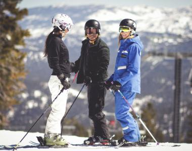 Northstar California USA uniform instructor ski 2