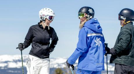 Northstar California USA uniform instructor ski 3